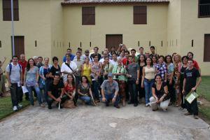 Blogueros participantes en el BlogazoxCuba de visita en el Morrillo